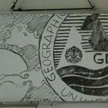 Photo taken at Sekretariat GMC UI by Rizki B. on 12/13/2011