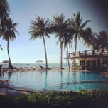 Photo taken at Phangan Bayshore Resort by Oahka S. on 8/12/2012