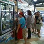 Photo taken at ตลาดบางขุนศรี (Bang Khun Si Market) by Biggs K. on 11/25/2011
