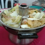 Photo taken at Ketam Steamboat Seafood by Bryan L. on 9/11/2011