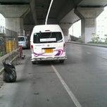 Photo taken at คิวรถตู้ สีลม-ปากเกร็ด by iCHAA on 5/8/2012
