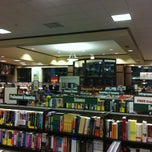 Photo taken at Barnes & Noble by Mark M. on 5/18/2011