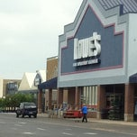 Photo taken at Lowe's Home Improvement by Jacks V. on 9/10/2011