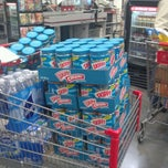 Photo taken at BJ's Wholesale Club by Lolita W. on 9/16/2011