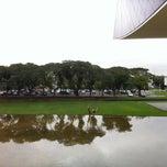 Photo taken at Estacionamento Museu Oscar Niemeyer by Rossi F. on 6/8/2012
