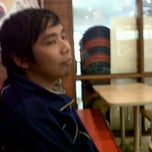Photo taken at Seafood Cak Karim by Chacha A. on 12/23/2011