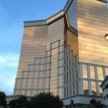 Photo taken at Horseshoe Casino & Hotel by Justin M. on 7/17/2012