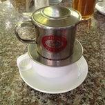 Photo taken at Windy Coffee & Bar by shiko883 on 7/28/2012