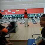 Photo taken at Mega Lanes by Leen D. on 9/2/2011