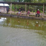 Photo taken at Kolam pemancingan by Hendra 💕💜 H. on 4/12/2011