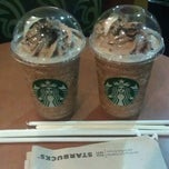 Photo taken at Starbucks by Kristofer M. on 4/28/2012