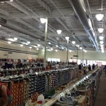 Photo taken at DSW Designer Shoe Warehouse by Fabiana P. on 6/30/2012