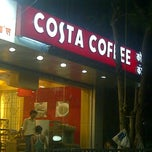 Photo taken at Costa Coffee by Dheeraj P. on 11/30/2011