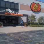 Photo taken at Jelly Belly Factory by Deirdra B. on 9/12/2011