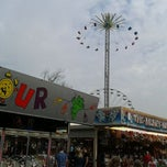 Photo taken at Kermis Leiden 3 oktober by Pim v. on 10/3/2011