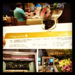 Photo taken at S.I.A First Class Premium Lounge (T3) by Roger L. on 7/13/2012
