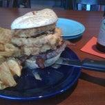 Photo taken at Square 1 Burgers & Bar by Jon-Paul L. on 8/13/2011