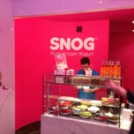 Photo taken at Snog Pure Frozen Yogurt by Hisham A. on 3/26/2012