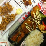 Photo taken at Sushi King by Ella D. on 4/22/2012