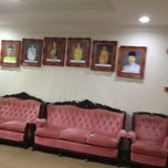 Photo taken at Pejabat Ketua Menteri Melaka by Uzaidi U. on 6/25/2012