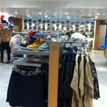 Photo taken at Columbia Sportswear 渋谷店 by Yukino K. on 3/23/2012