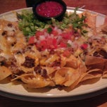 Photo taken at 54th Street Grill & Bar by Benton on 5/2/2012
