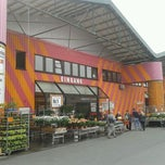 Photo taken at Hornbach by Solveig T. on 4/14/2012