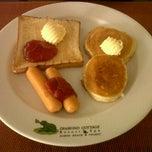Photo taken at Maprow Restaurant @ Daimond Cottage Resort & Spa by Kittiya R. on 6/25/2012
