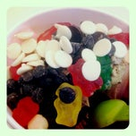 Photo taken at Yogurtland by Danielle on 6/21/2012