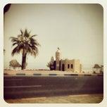 Photo taken at تقاطع البلاجات وشارع المطاعم by Spider_Wave on 3/8/2012
