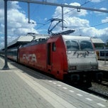 Photo taken at Intercity Direct Breda - Amsterdam Centraal by Lesley E. S. on 7/26/2012