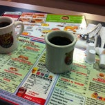 Photo taken at Waffle House by Shaili S. on 3/17/2012