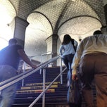 Photo taken at MTA Subway - Brooklyn Bridge/City Hall/Chambers St (J/Z/4/5/6) by Nikki N. on 6/8/2012