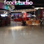 Photo taken at Food Studio by Ronal A. on 8/24/2012