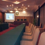 Photo taken at Comfort Hotel & Resort by Nyud N. on 7/5/2012