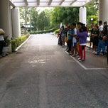 Photo taken at Fakultas Kehutanan Universitas Mulawarman by Wiwin S. on 4/12/2012