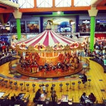 Photo taken at Food Court Carrusel by Marvin M. on 7/30/2012
