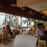 Photo taken at Costa Coffee by Varun B. on 7/25/2012