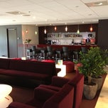 Photo taken at Hilton Garden Inn Leiden by Jan R. on 8/11/2012