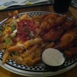 Photo taken at Quaker Steak & Lube® by Mike on 8/18/2012
