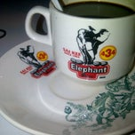 Photo taken at Elephant Bean Cafe by ΛLFI ИΛSHЯI♂ on 8/19/2012