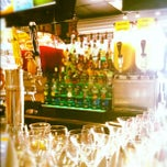 Photo taken at It's 5 O'Clock Somewhere by Alexander Y. on 8/12/2012