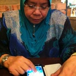 Photo taken at Nando's by Harun B. on 3/25/2012