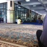 Photo taken at Masjid Saidina Umar Al-Khattab by Naziman N. on 4/27/2012