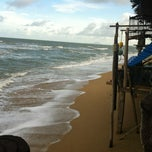 Photo taken at Lanta New Beach Bungalows by Sergio Z. on 8/1/2012