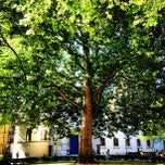 Photo taken at St Marylebone Parish Church Gardens by Azeem A. on 9/7/2012