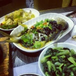 Photo taken at One Restaurant 滋味一方(友膳方) by Tinho C. on 6/19/2012