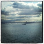 Photo taken at The Ritz-Carlton New York, Battery Park by Jase K. on 9/5/2012