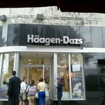 Photo taken at Haagen-Dazs Shop by Renan R. on 5/8/2012
