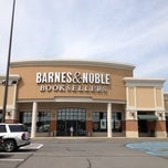 Photo taken at Barnes & Noble by Kitty M. on 5/30/2012